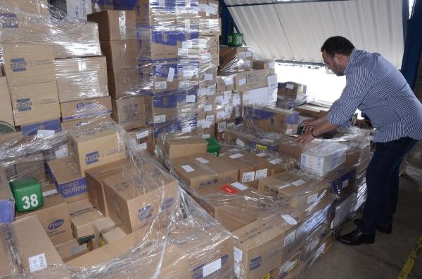 No sertão, Água Branca e mais 12 municípios  recebem os Kits dos medicamentos do programa Dose Certa