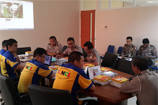 Sofian Tjandra CEO ILMCI Group Presentasi dalam Program Keselamatan Berlalu Lintas