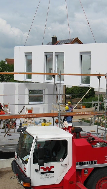 micro-house crane installation
