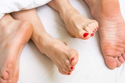 Tips mencegah vagina berdarah setelah berhubungan intim