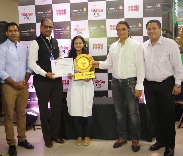 HyperCITY Budding Chef- Mumbai_(L-R)_Hemant Taware, Pradeep Das, Winner ...