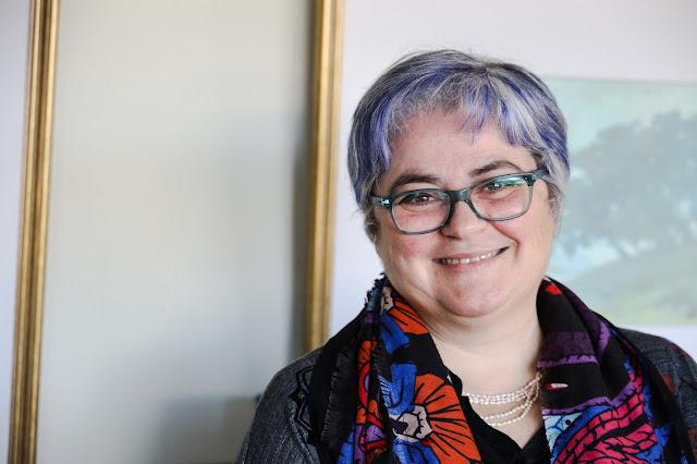 """Adriana Freire Nogueira: """"DiVaM é um programa fascinante com propostas extraordinárias""""."""