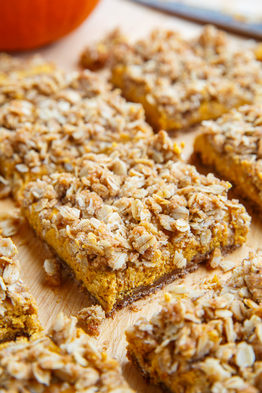 Pumpkin Cheesecake Gingersnap Streusel Bars