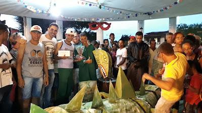 Concurso de caretas é realizado no Carnaval de Mairi