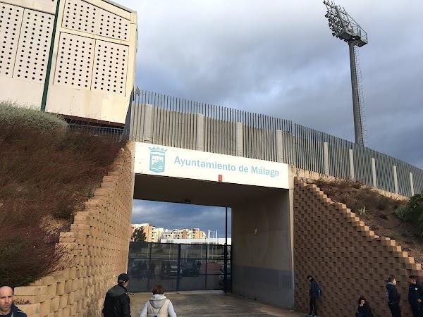 """Málaga, concentración en el Ciudad de Málaga para el """" Míchel vete ya """""""