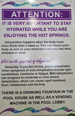 Attention: information to hydrate while enjoying the rock pool