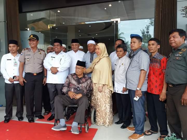 Hotel Syariah Milik Haji Lambau di Lubuk Alung Diresmikan