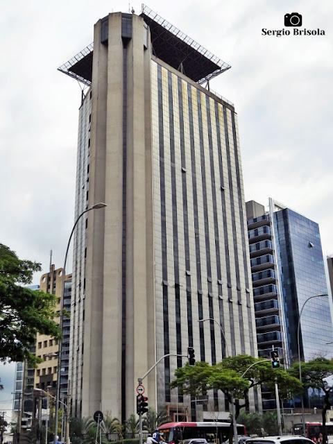Vista ampla do Edifício UOL Faria Lima - Pinheiros - São Paulo