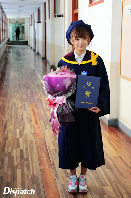 ảnh tốt nghiệp của yoona so hyun