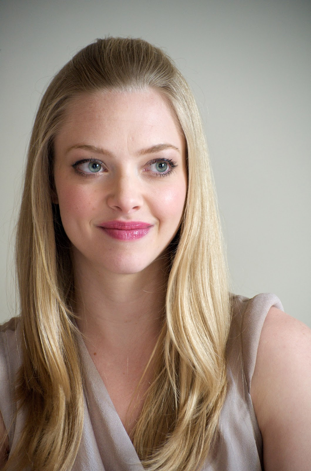 Amanda Seyfried pictures gallery (9) | Film Actresses Amanda Seyfried