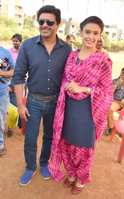 2. Samir Soni with Hrishitaa Bhatt