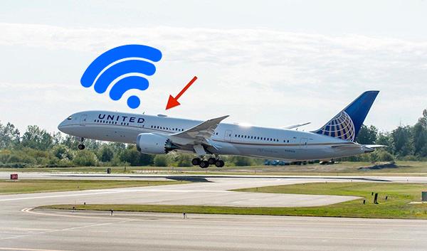 كيف تتصل الطائرة بالأنترنت