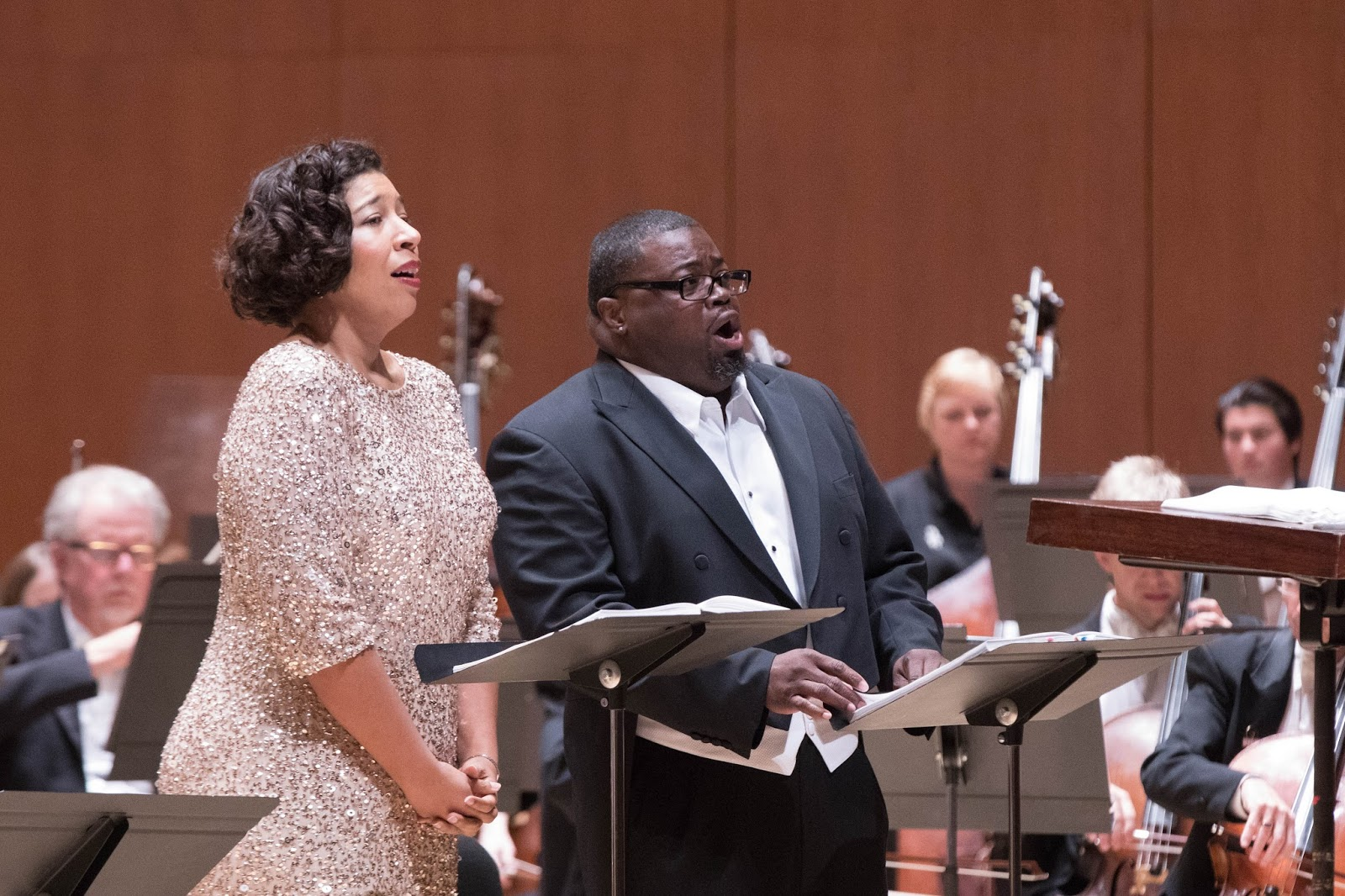 IN PERFORMANCE: soprano MARY ELIZABETH WILLIAMS as Desdemona (left) and tenor RUSSELL THOMAS as Otello (right) in Atlanta Symphony Orchestra's concert performance of Giuseppe Verdi's OTELLO, 7 October 2017 [Photo by Jeff Roffman, © by Atlanta Symphony Orchestra]