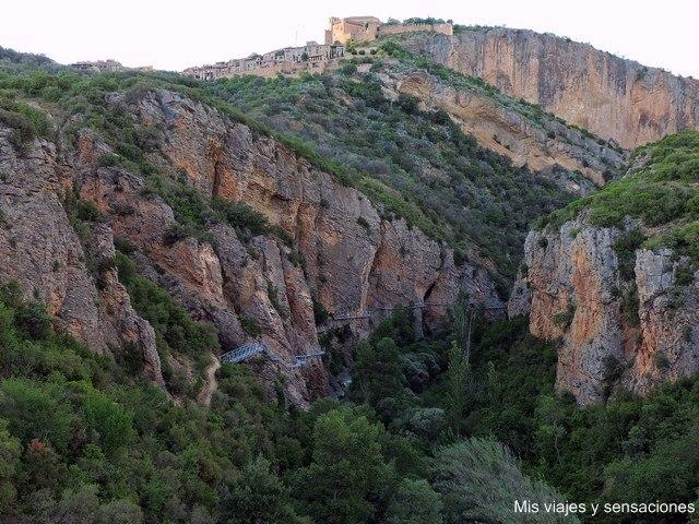 Vistas de Alquezar desde el mirador del Vero, Aragón