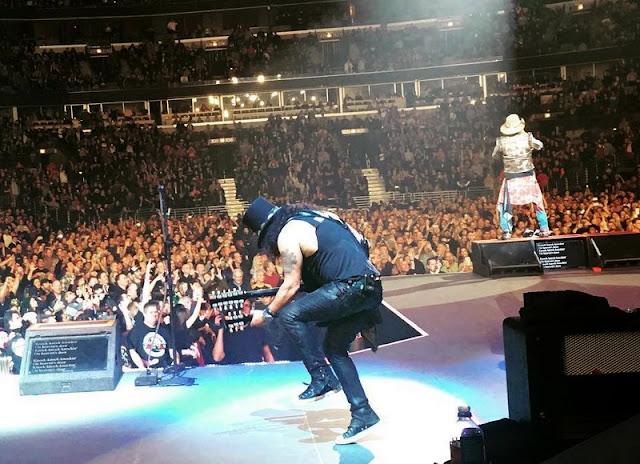 Guns N' Roses - United Center, Chicago, Illinois 06/11/2017