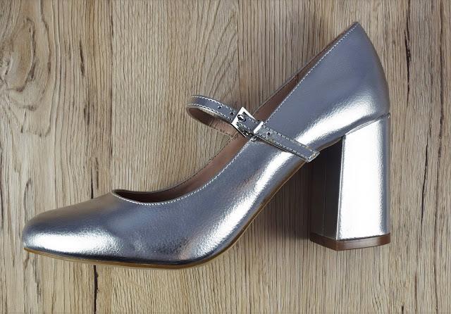 Kool shoes by Carvela