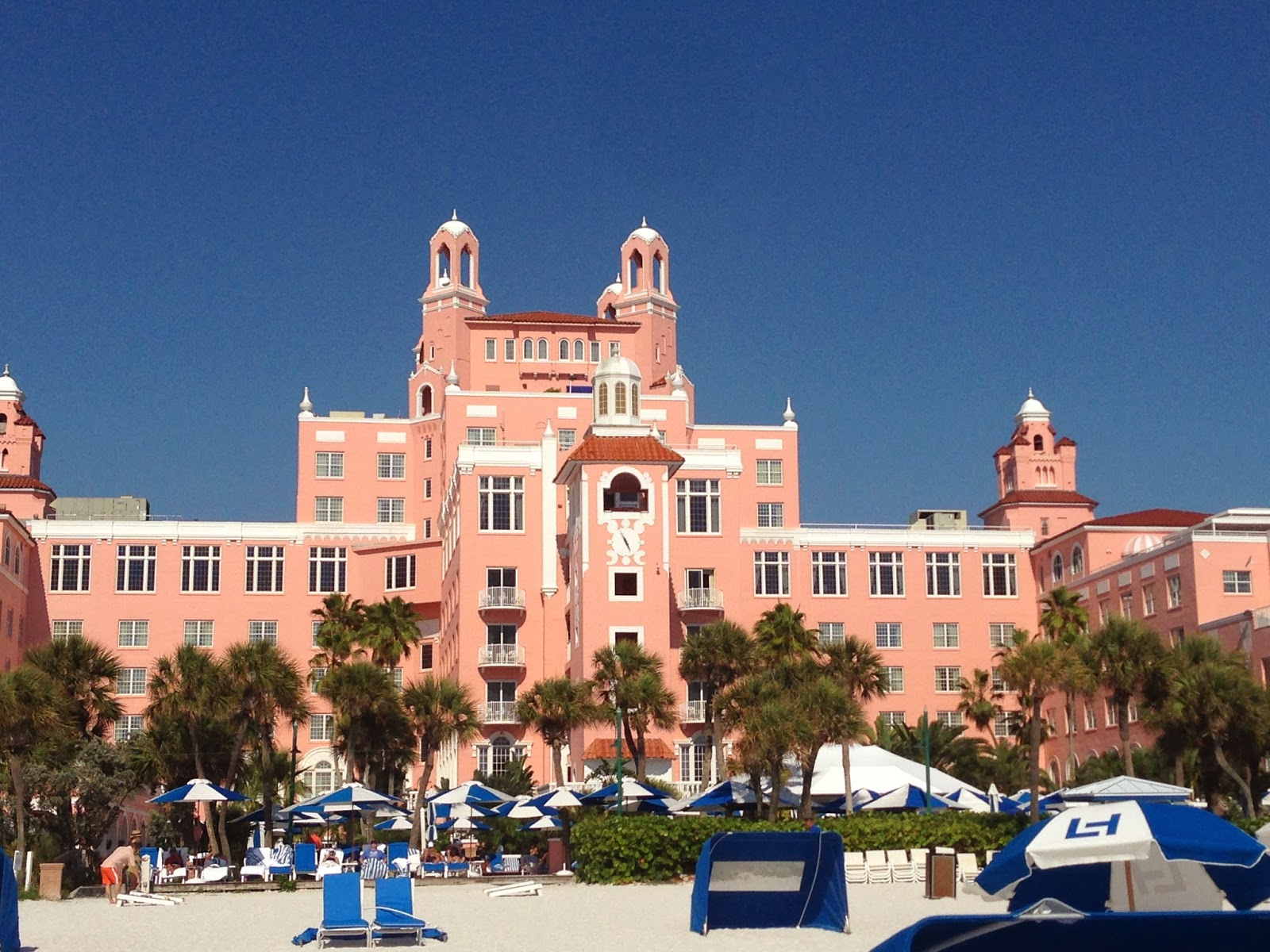 I Arrived To The Loews Don Cesar Hotel On Tuesday Night Have A S Trip Staycation With My Friend Amanda Is Property Which Rich