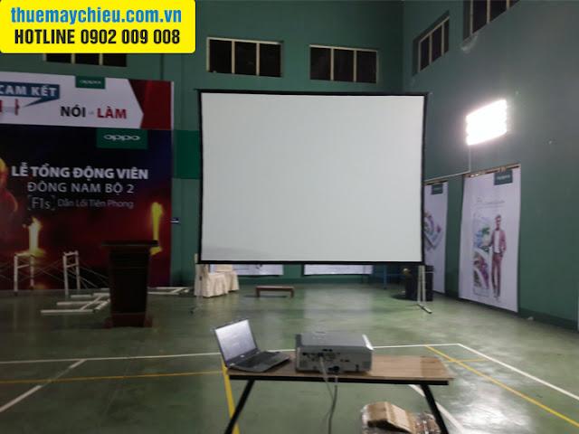 VNPC cho thuê màn chiếu khung gấp siêu lớn 200 inch