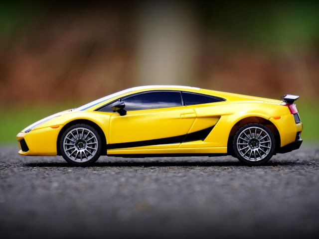 Hotwheels Miniature Lamborghini Yellow