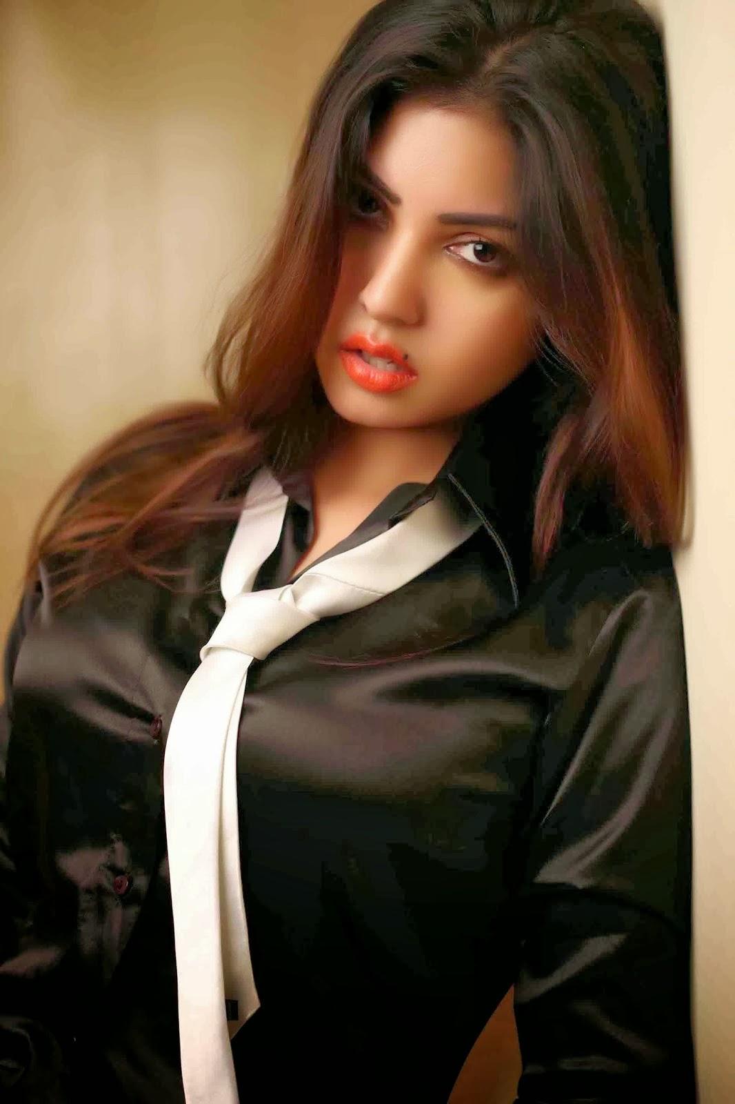 Komal Jha Stylish Hot Photoshoot