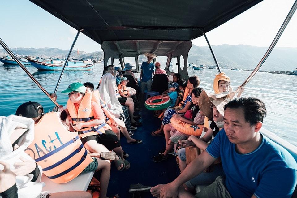 Trải nghiệm vẻ đẹp thanh bình trên đảo Bình Hưng tỉnh Khánh Hòa - Ảnh 5