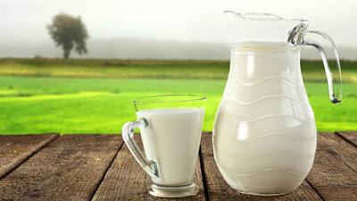 Come proteggere colon-retto: latte e formaggi