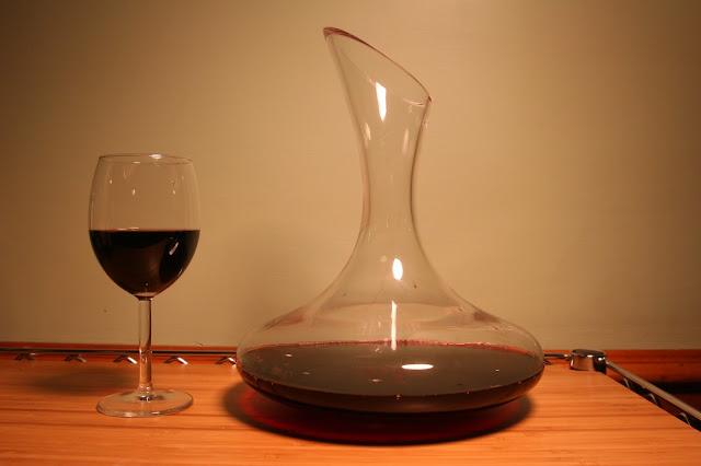 Decantacion y Aireacion del Vino. Esa cosa.