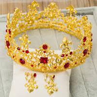 Mãn nhãn trước những mẫu vương miện cô dâu phong cách hoàng gia 1