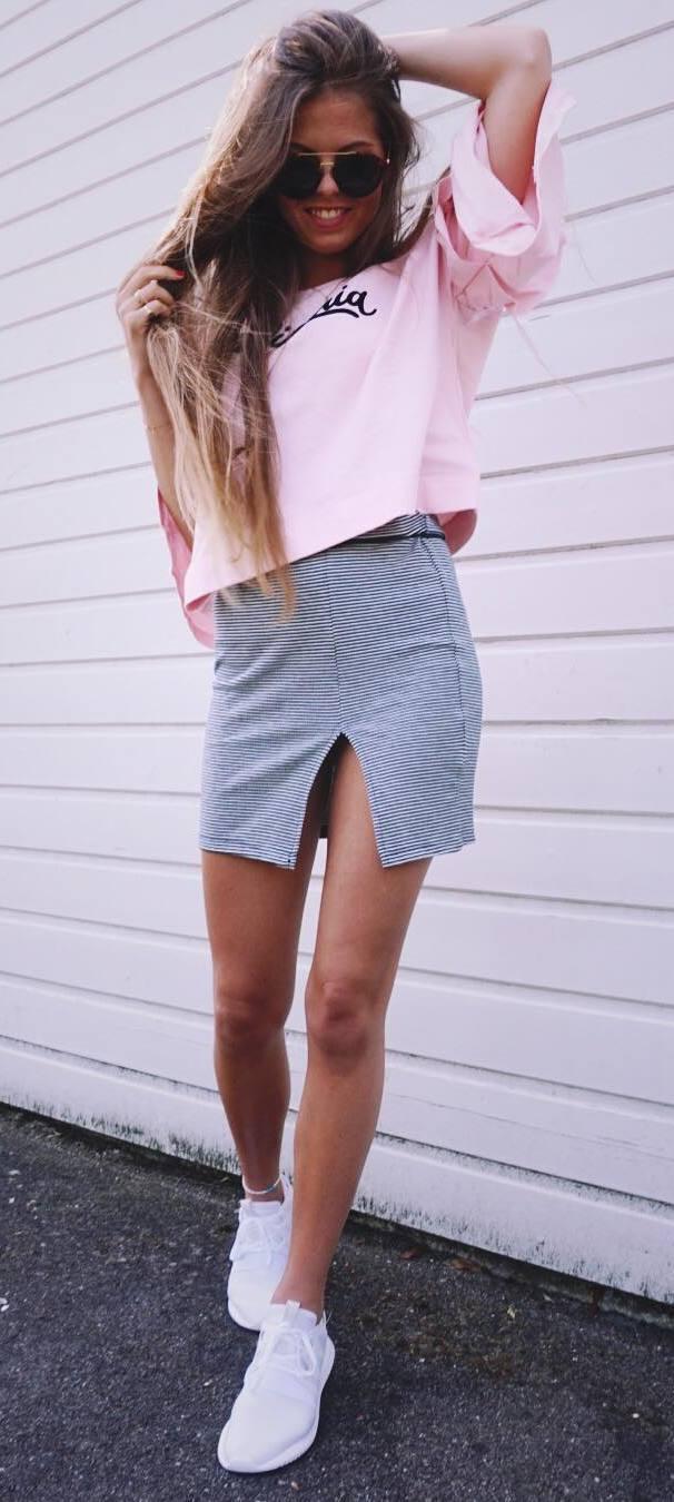 ootd: t-shirt + skirt