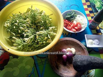 Tips gampang dan sederhana cara memasak bunga pepaya supaya tidak pahit dengan bumbu resep tum Resep Tumis Bunga Pepaya dan Tips Ampuh Agar Tidak Pahit