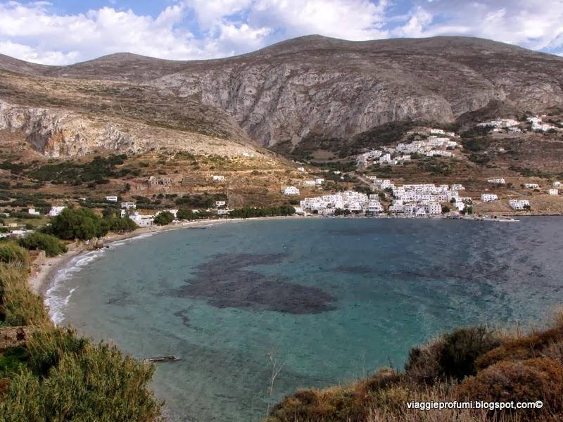La spiaggia di Egiali ad Amorgos