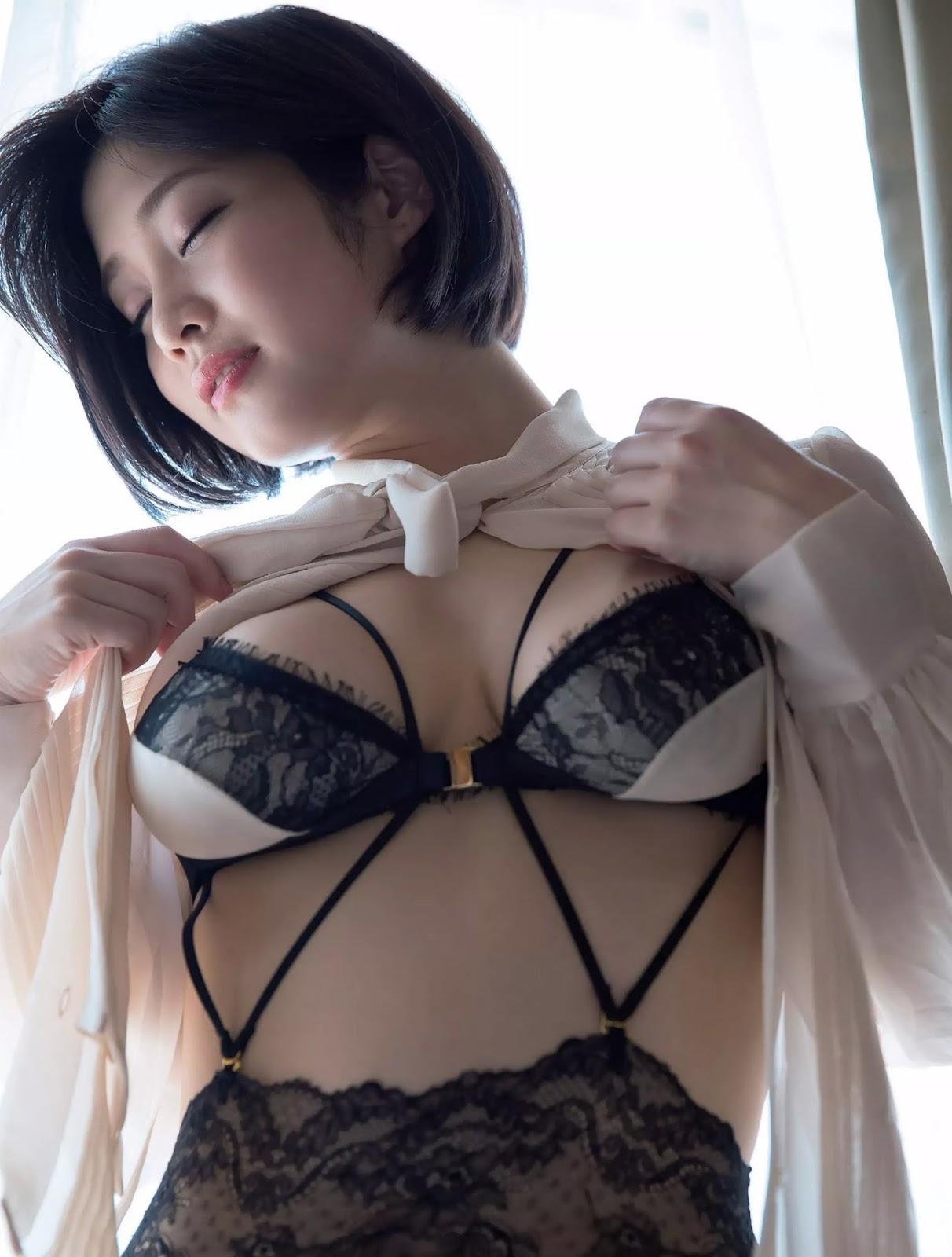 Rin Tachibana 橘花凛, FLASH 電子版 2017.10.17-24 (フラッシュ 2017年10月17-24日号)