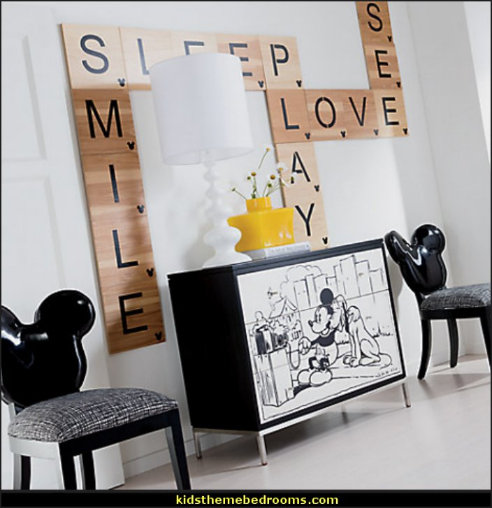 Mickey Mouse Bedroom Decorating Ideas
