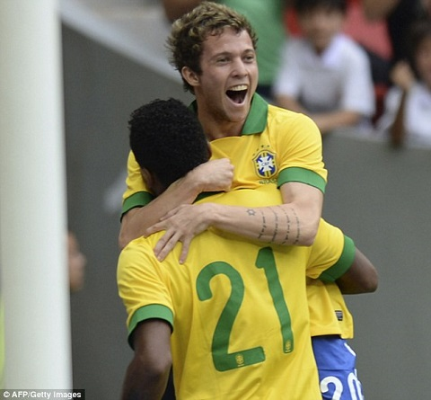 Cầu thủ Bernard (Brazil)