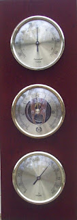 http://bellclocks.com/xcart/d-and-d-barometers-weather-station-dark-cherry.html?category_id=26