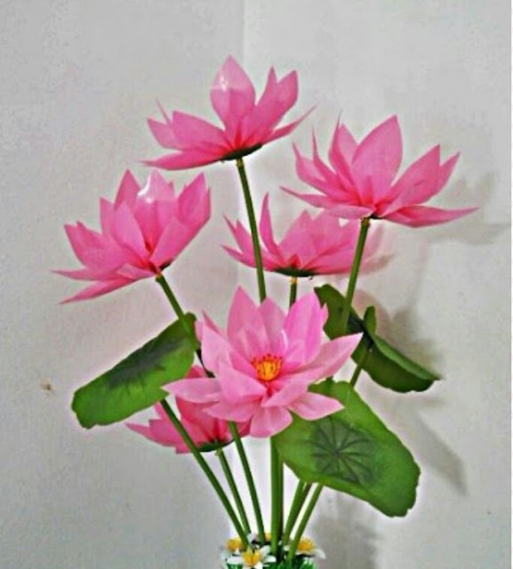 How to make lotus flowers from straws