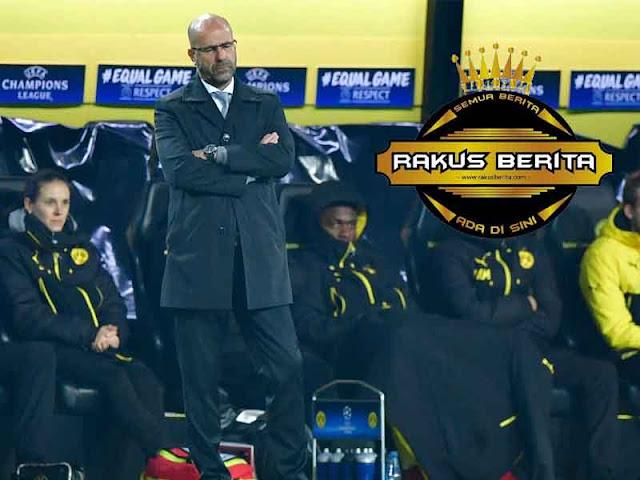 Peter Bosz Kecewa Dengan Dortmund Diimbangi Schalke 04