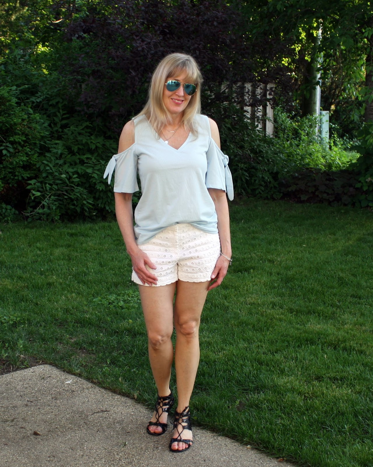 8344270761932 How to Wear the Off the Shoulder Trend (  Ageless Style Linkup ...