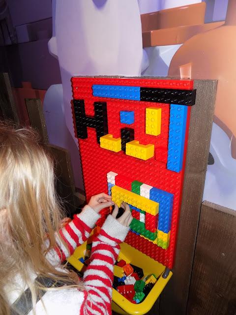 Legoland Discovery Centre, Lego