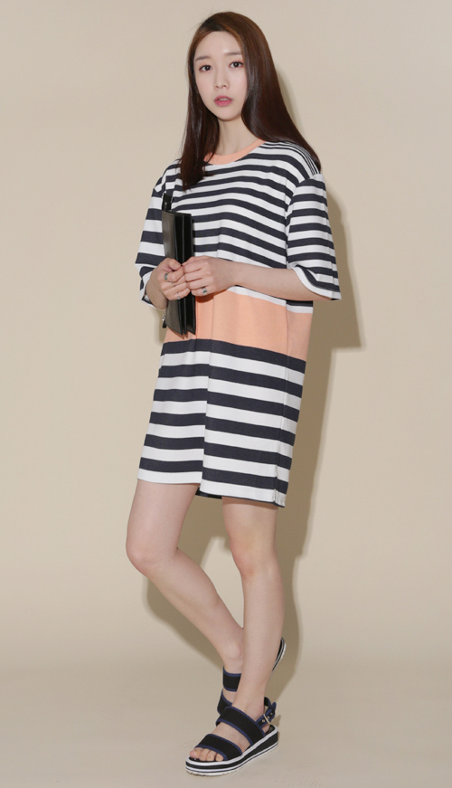 Color-Blocked Accent Striped Dress