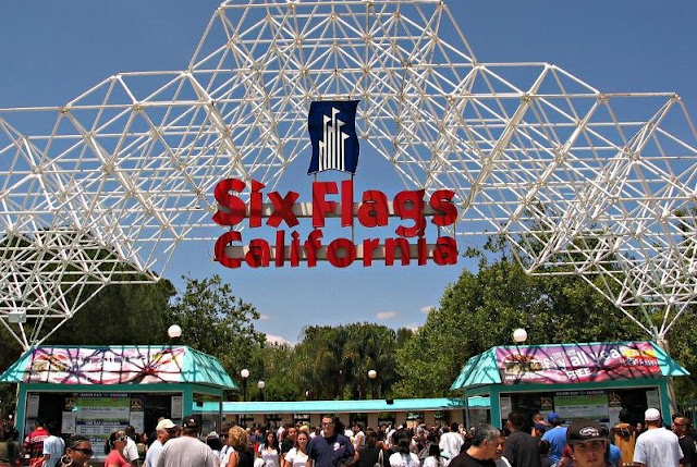 Sobre o Parque Six Flags Magic Mountain na Califórnia