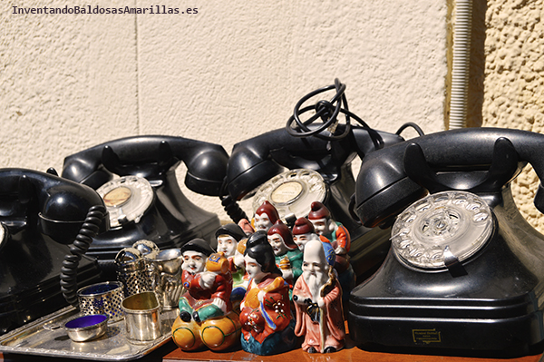 Teléfonos negros vintage