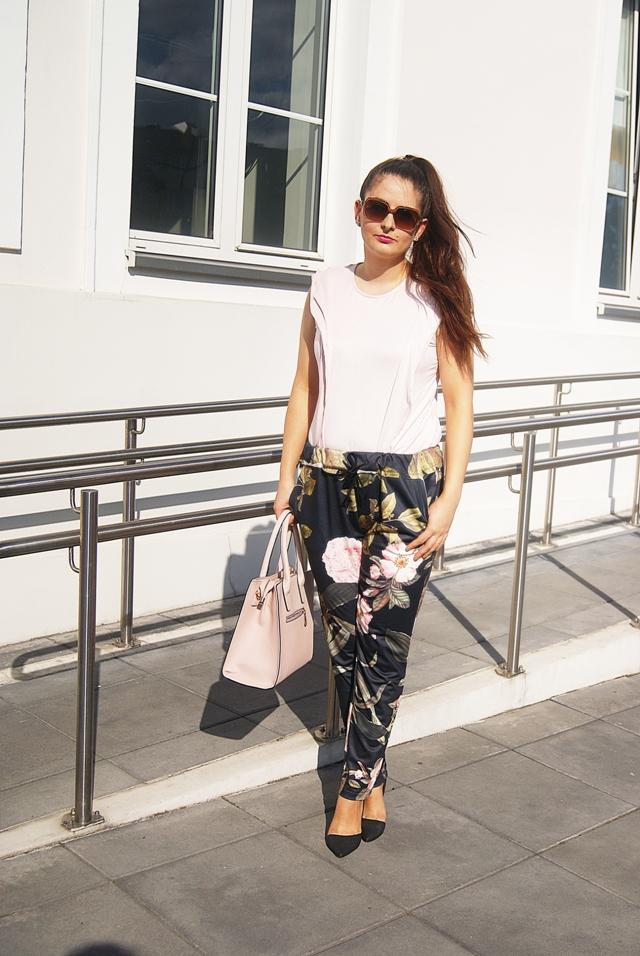 Multicolor Print Pocket Tie Waist Pants SHEIN spodnie w kwiaty stylizacje blog