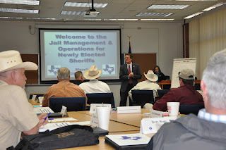 CMIT Executive Director Dough Dretke welcomes Sheriffs to the training.