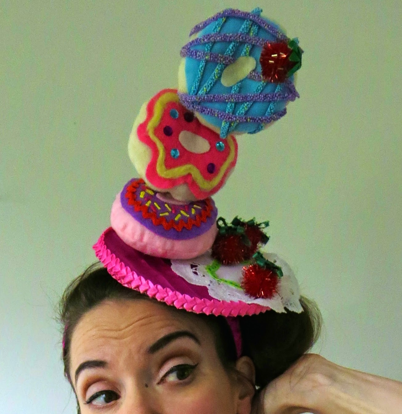 Make Crazy Hats: Cassie Stephens: DIY: A Wayne Theibald-Inspired Donut Hat