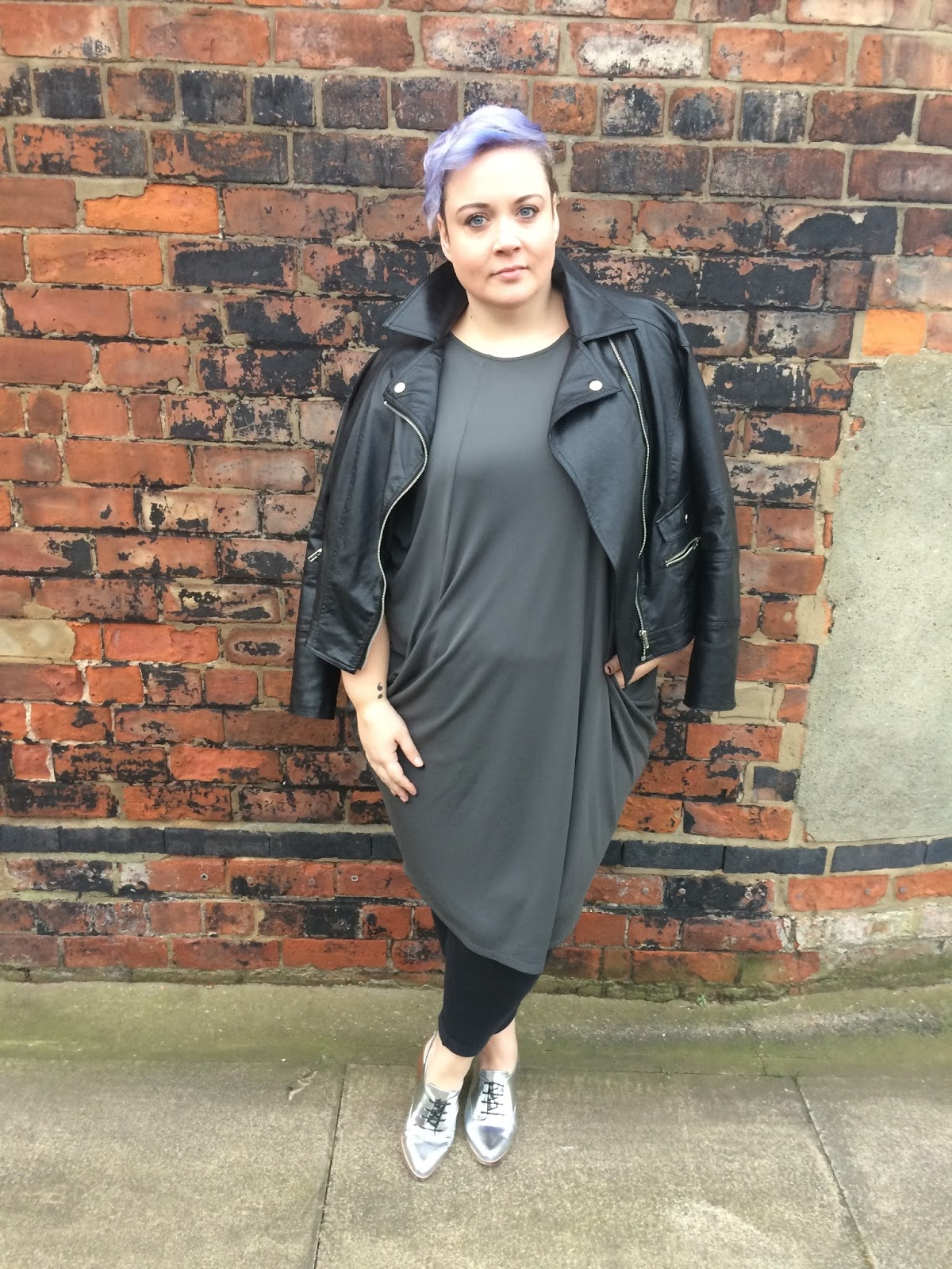 743ea77738a Becky Barnes Blog Plus Size Blogger Style Navabi The Style