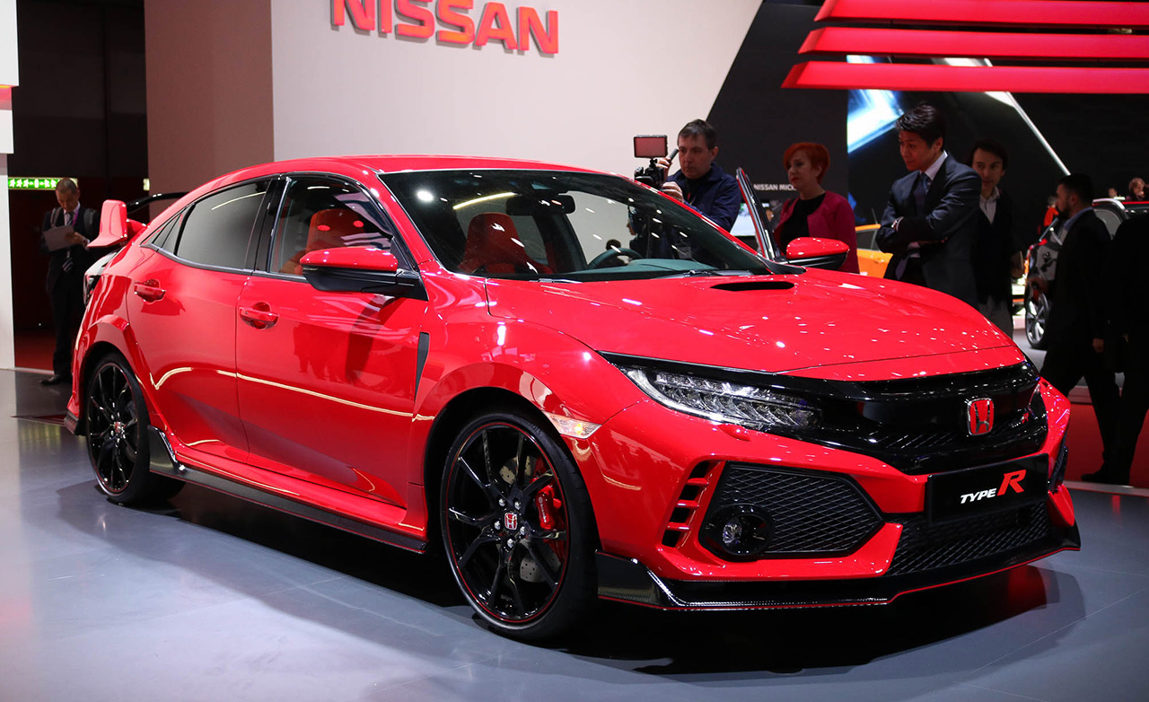 2017 honda civic type r the hot hatch turned up to 11. Black Bedroom Furniture Sets. Home Design Ideas