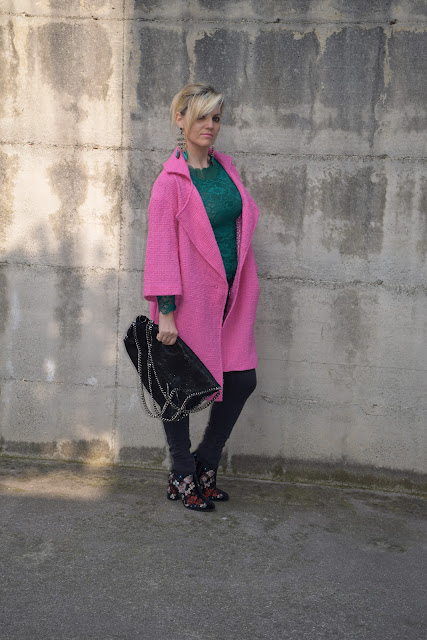 outfit cappotto rosa come abbinare un cappotto rosa abbinamenti cappotto rosa mariafelicia magno fashion blogger colorblock by felym fashion blogger italiane blog di moda outfit primaverili outfit marzo 2017