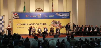 Prefeito Renato Soares assina convênio com o Sistema Estadual Integrado de Agricultura e Abastecimento