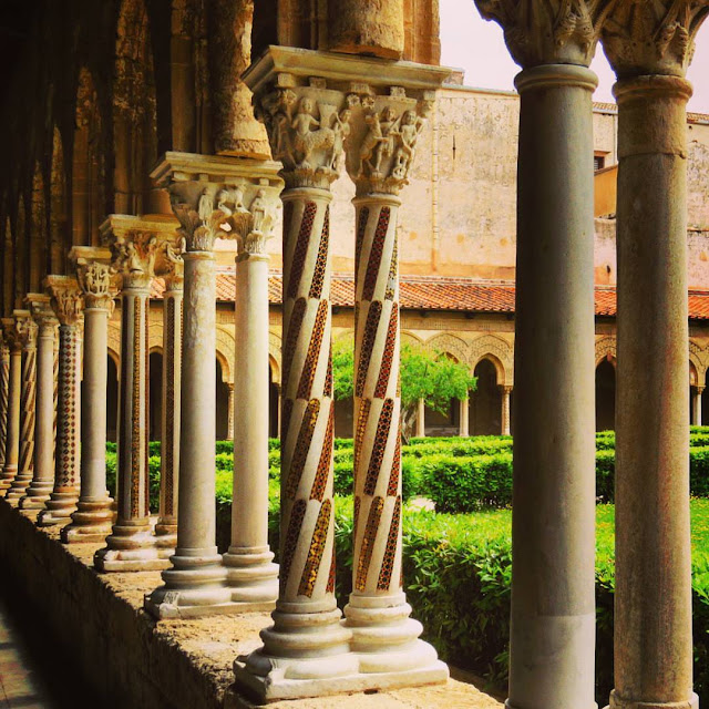 Road trip in Sicily - Columns at the Benedictine Cloister in Monreale